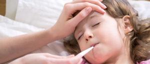 Παιδίατρος: Έξαρση ιώσεων και λοιμώξεων - Πότε επιστρέφουν σχολείο τα παιδιά