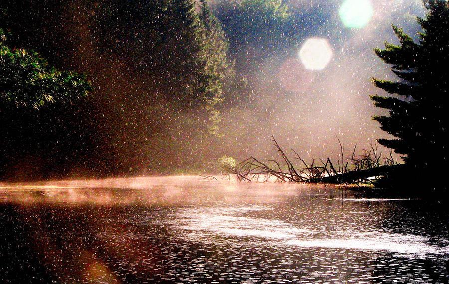Ο καιρός τρελάθηκε: Καύσωνας με έντονο το ενδεχόμενο βροχών και καταιγίδων σήμερα