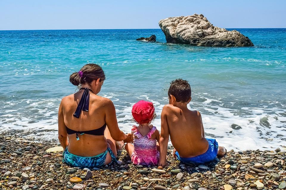 8 συμβουλές για αξέχαστες και ανεμέλες οικογενειακές καλοκαιρινές διακοπές