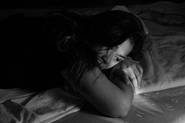 Συγκλονίζει καταγγελία πατέρα για σεξουαλική παρενόχληση της κόρης του από προπονητή