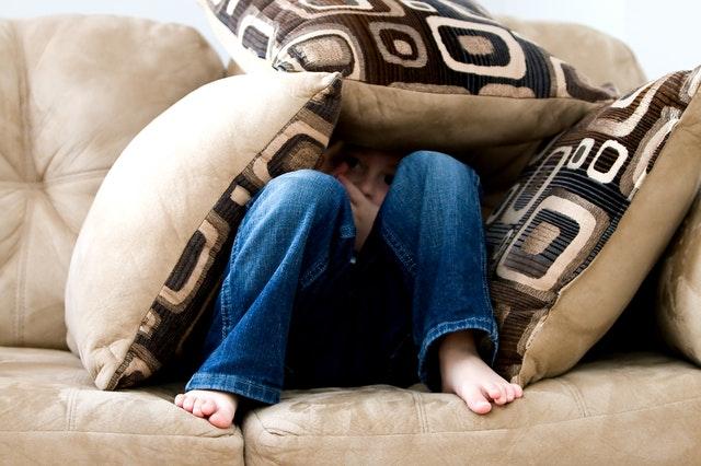Κορωνοϊός και ψυχική ηρεμία των παιδιών: Πώς οι γονείς θα βοηθήσουν τα παιδιά να νικήσουν το άγχος