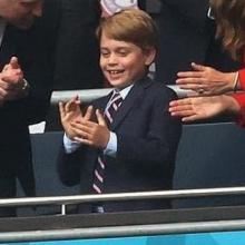 Ο πρίγκιπας Τζορτζ δεν παύει να είναι ένα μικρό παιδί - Γιατί τόση ανθρωποφαγία;