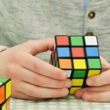 10 λόγοι που ο Κύβος του Ρούμπικ μπορεί να κάνει τα παιδιά εξυπνότερα