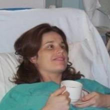 «Μία μαία μου έσωσε τη ζωή... Δεν ξέρω το όνομά της, αλλά την ευχαριστώ»