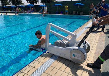 Στο Δημοτικό Κολυμβητήριο Αγλαντζιάς η πρόσβαση στην πισίνα είναι για όλους (εικόνες)