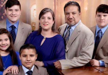 «Εμβολιάστε τα παιδιά μου»: Η τελευταία ευχή μίας μητέρας πριν σβήσει από κορωνοϊό