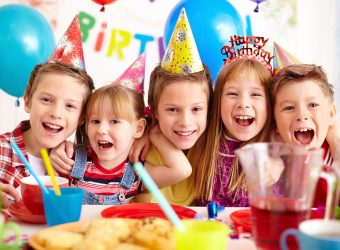 8 ιδέες για θεματικά πάρτι γενεθλίων για κορίτσια που... σιχαίνονται το ροζ!