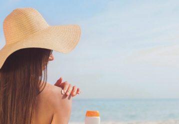 Φροντίστε το δέρμα σας μετά την ηλιοθεραπεία, με μια πλούσια, σπιτική κρέμα!