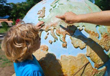 Μήπως η γεωγραφία είναι ένας τέλειος τρόπος να μάθουν τα παιδιά... μαθηματικά;