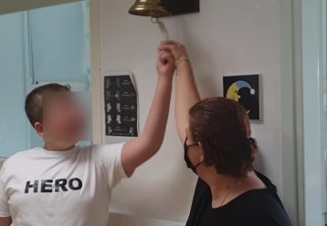 O μικρός Γιώργος βγήκε νικητής έπειτα από τρία χρόνια μάχης με τον καρκίνο