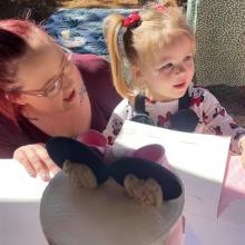 Κοριτσάκι 3 ετών κάλεσε 20 παιδάκια στα γενέθλιά του και δεν πήγε κανένα