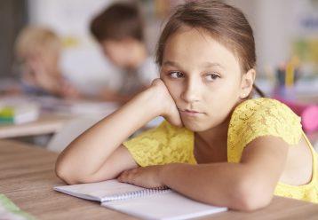 Το παιδί δεν συμμετέχει ενεργά την ώρα του μαθήματος: 4 πράγματα να σκεφθείτε