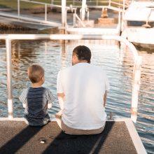 Για τους μπαμπάδες που αισθάνονται απόρριψη από το παιδί τους, όταν γυρνούν από τη δουλειά
