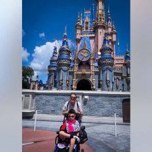 Μαμά παιδιού με αναπηρία βρήκε το πιο χυδαίο μήνυμα στο αυτοκίνητό της για τον τρόπο που πάρκαρε