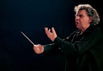 «Έφυγε» ο σπουδαίος μουσικοσυνθέτης Μίκης Θεοδωράκης - 'Οταν στα 12 του έγραφε παιδικά τραγούδια (βίντεο)
