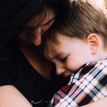 Η τρυφερή επανασύνδεση με ένα παιδί είναι πιο αποτελεσματική από την τιμωρία