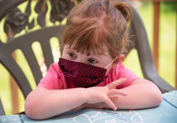 Έντονη ανησυχία για το σύνδρομο MIS-C που προσβάλλει τα παιδιά - Στη ΜΕΘ ένα αγοράκι