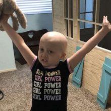 Μπαμπάς φτιάχνει με την κόρη του ειδικό παιδότοπο για παιδιά με καρκίνο