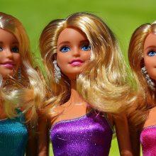 Οι δημιουργοί της Barbie τρέχουν για να «σώσουν» τα Χριστούγεννα των παιδιών