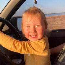 Cleo, η νέα «Μαντλίν» που εξαφανίστηκε από κάμπινγκ - Τα τελευταία λόγια στους γονείς της