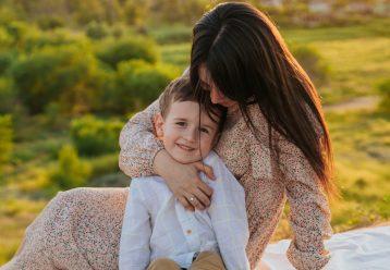 «Υπάρχει η τελευταία φορά για τα πάντα...»: Ένα κείμενο που θα συγκινήσει κάθε μαμά